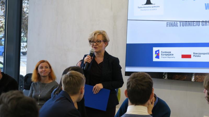 """Zdjęcie nr 3 z finału Turnieju gry planszowej """"Ekonomia społeczna"""""""